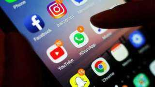نصف سكان الحضر في رومانيا يتصفحون وسائل الإعلام الاجتماعي في الصباح