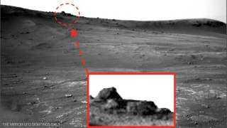 """الكوكب الأحمر.. هل عثروا حقا على """"هرم الغرباء""""؟"""