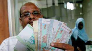 السودان يخفض سعر الدولار الجمركي