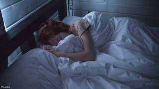 """""""شد الحنجرة"""".. أحدث """"الصرعات الطبية"""" لمساعدتك على النوم"""