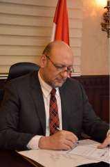 د.حسين ابو العطا يكتب .. نحن المصريين ليس لنا إلا قائد واحد..