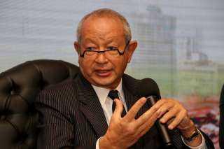 ساويرس: حاولت إنقاذ مبارك ولكن المقربين أصروا على التوريث